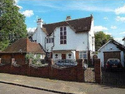 House for sale, Holcombe Road
