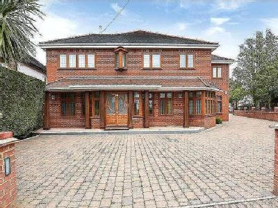 House for sale, Pebworth Road