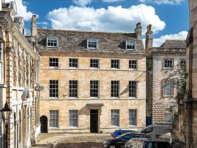 St Mary's Place, Stamford, Lincolnshire, PE9