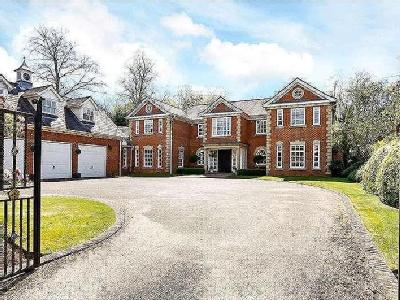 Burkes Crescent, Beaconsfield, Buckinghamshire, HP9