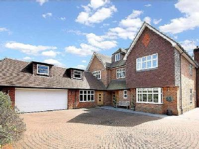 Penington Road, Beaconsfield, Buckinghamshire, HP9