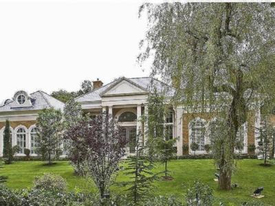 House for sale, Weybridge - Detached