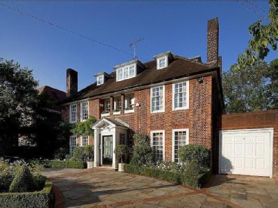 Ingram Avenue, Hampstead Garden Suburb, London, NW11