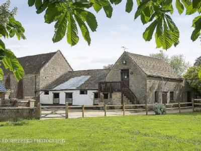Lechlade, Gloucestershire - Detached