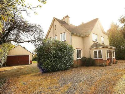 Epping Road, Roydon - Detached