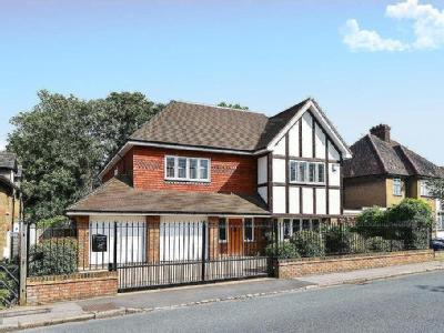 Scotts Lane, Shortlands - Detached