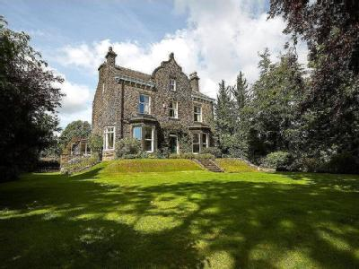 Oak House, North Road, Horsforth, West Yorkshire, LS18