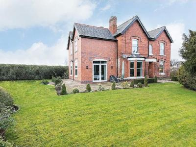 Dale Road, Stanton-by-dale - Detached