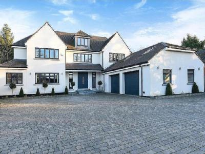 Lodge Road, Bromley - Detached, Gym