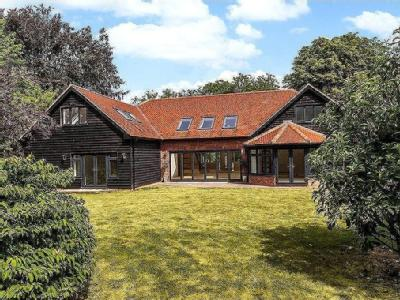 Woods Lane, Cliddesden, Basingstoke, Hampshire, RG25