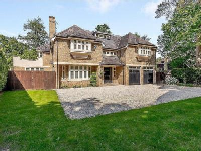House for sale, Pyrford - Detached