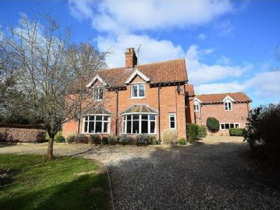 Lower Bodham, Norfolk - Detached