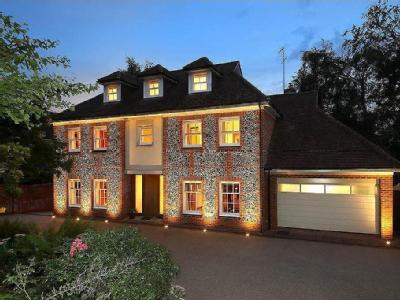 Stratton Road, Beaconsfield, HP9