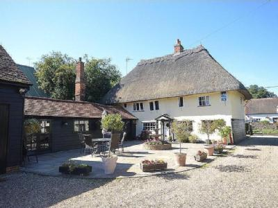 Middle Street, Clavering, Nr Saffron Walden, Essex, CB11