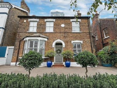 Derby Road, South Woodford - Garden