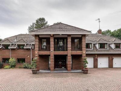 Dunedin Drive, Barnt Green - Detached