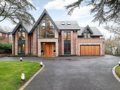 Carrwood, Hale Barns, Cheshire, WA15