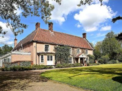 House for sale, Bungay - Listed