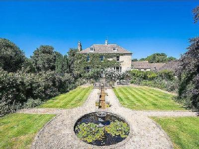 Tinwell, Stamford - Detached, Listed