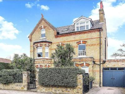 Dryburgh Road, Putney, London, SW15