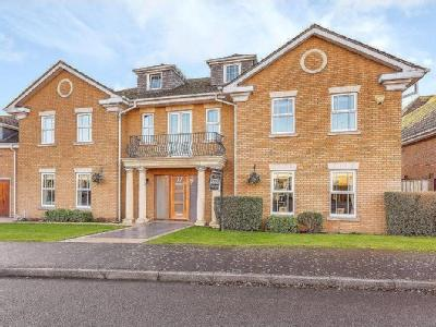 Turnberry Lane, Collingtree Park, Northampton