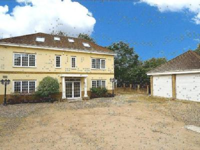 Alison Close, Eastcote, Pinner, Middlesex, HA5