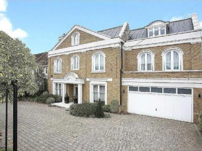 Roedean Crescent, Putney, London, SW15