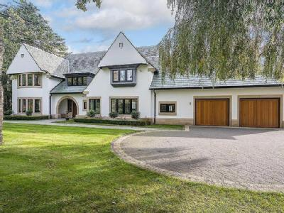 Broad Lane, Hale - Gym, Detached