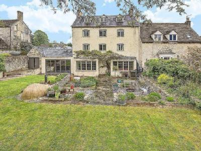 Painswick, Stroud - Garden, Reception