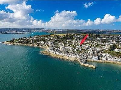135 yards to St Mawes Waterfront!