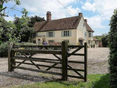 Frinton Outskirts - Detached, Listed