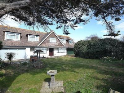 West Street, Selsey, PO20 - Detached