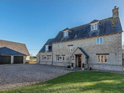 House for sale, Kempsford - Detached