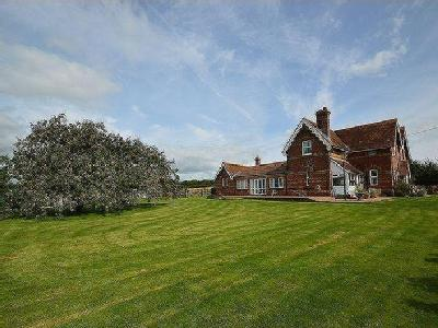 Whippingham, PO32 - Detached