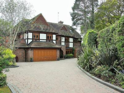 Wambrook Close, Hutton, Brentwood, CM13