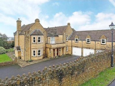 Priorygate Court, Castle Cary, Somerset, BA7