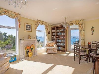House for sale, Torquay - Lift