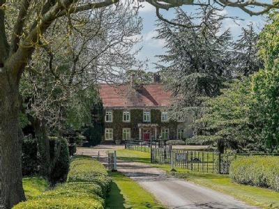 Hougham Manor, Manor Lane, Hougham, Grantham, NG32