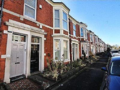 Fairfield Road, - Furnished