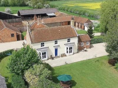 Manor Farmhouse, Asterby Lane, Lincolnshire Wolds, Goulceby, LN11