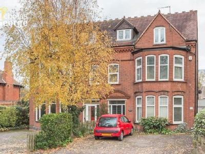 Russell Road, Moseley, B13 - Garden