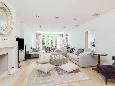 Hocroft Road, London, NW2 - En Suite