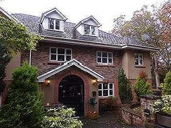 Beaconsfield Road, Woolton, L25
