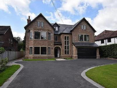 House for sale, Hale Road - Detached
