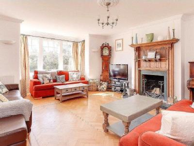 House for sale, Top Road - Reception