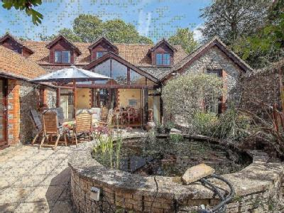 House for sale, Chard - Swimming Pool