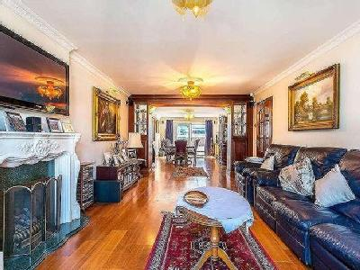 House for sale, Duncombe Hill