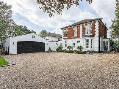 House for sale, Hollies Drive
