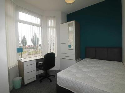 Leopold Road, Kensington - Individual room application accepted for students or professionals