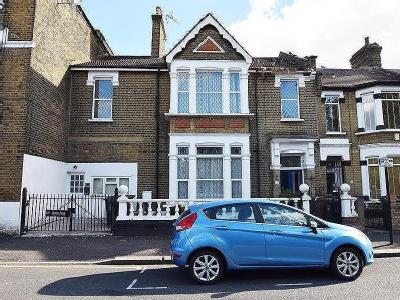 Lyttelton Road, London E10 - Garden